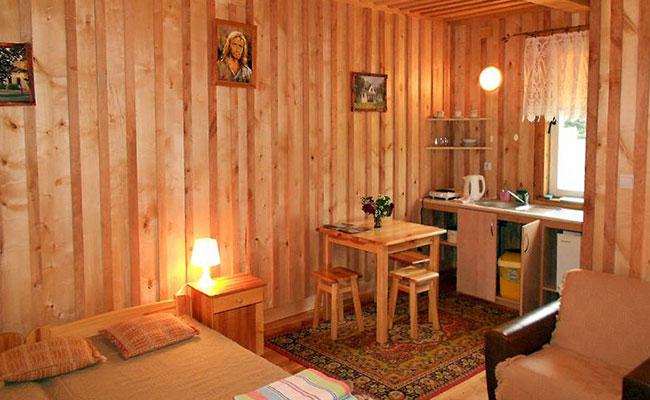 Pokój nr 4 w domku (2-3 osobowy)